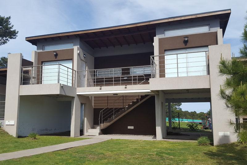 Loft 15/16 – Monoambiente c/piscina (2 mayores, 1 menor)